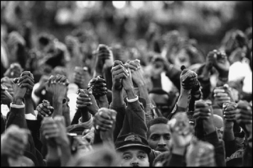 black-people-holding-hands-above-heads-resized-to-902-x-600-with-resizeimage.net_.jpg